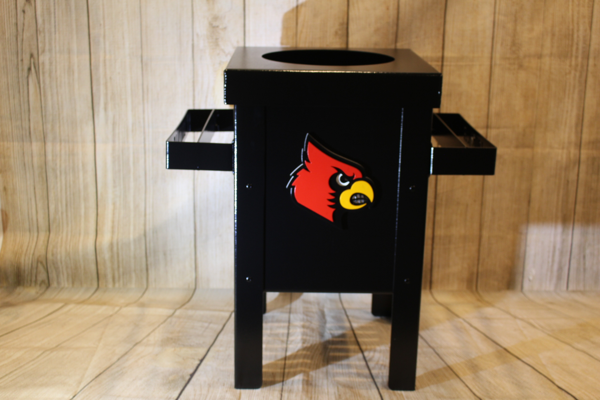 Club-Cleaning-Station-University-of-Louisville-Athletics