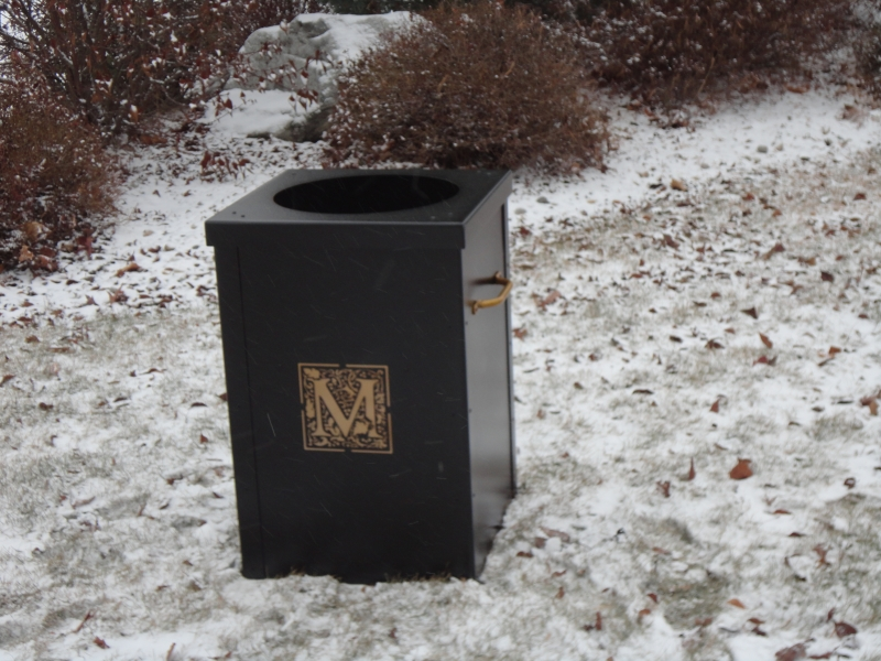 Golf Course Garbage Can Shell -Mediterra