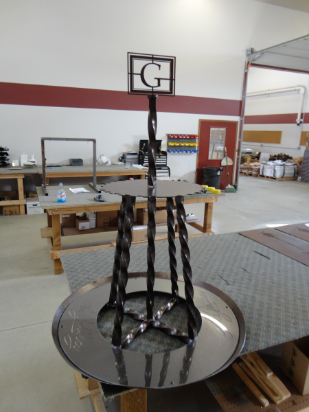 Putter Rack -The Gallery