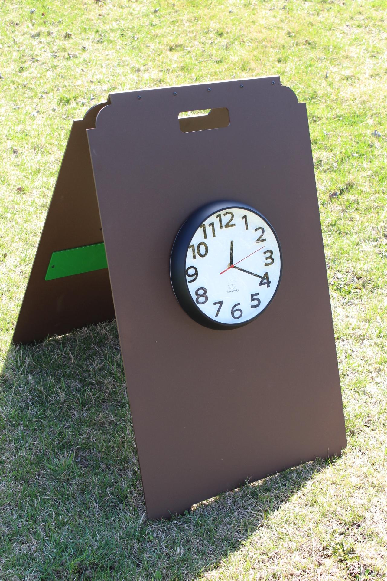 Range-Clock-Sign-FRONT-Suncadia