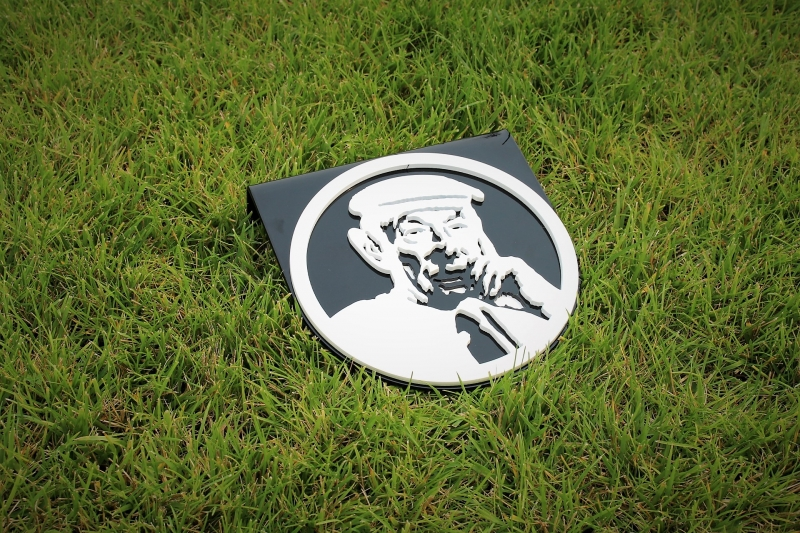 Golf Tee Markers -Thorny Lea