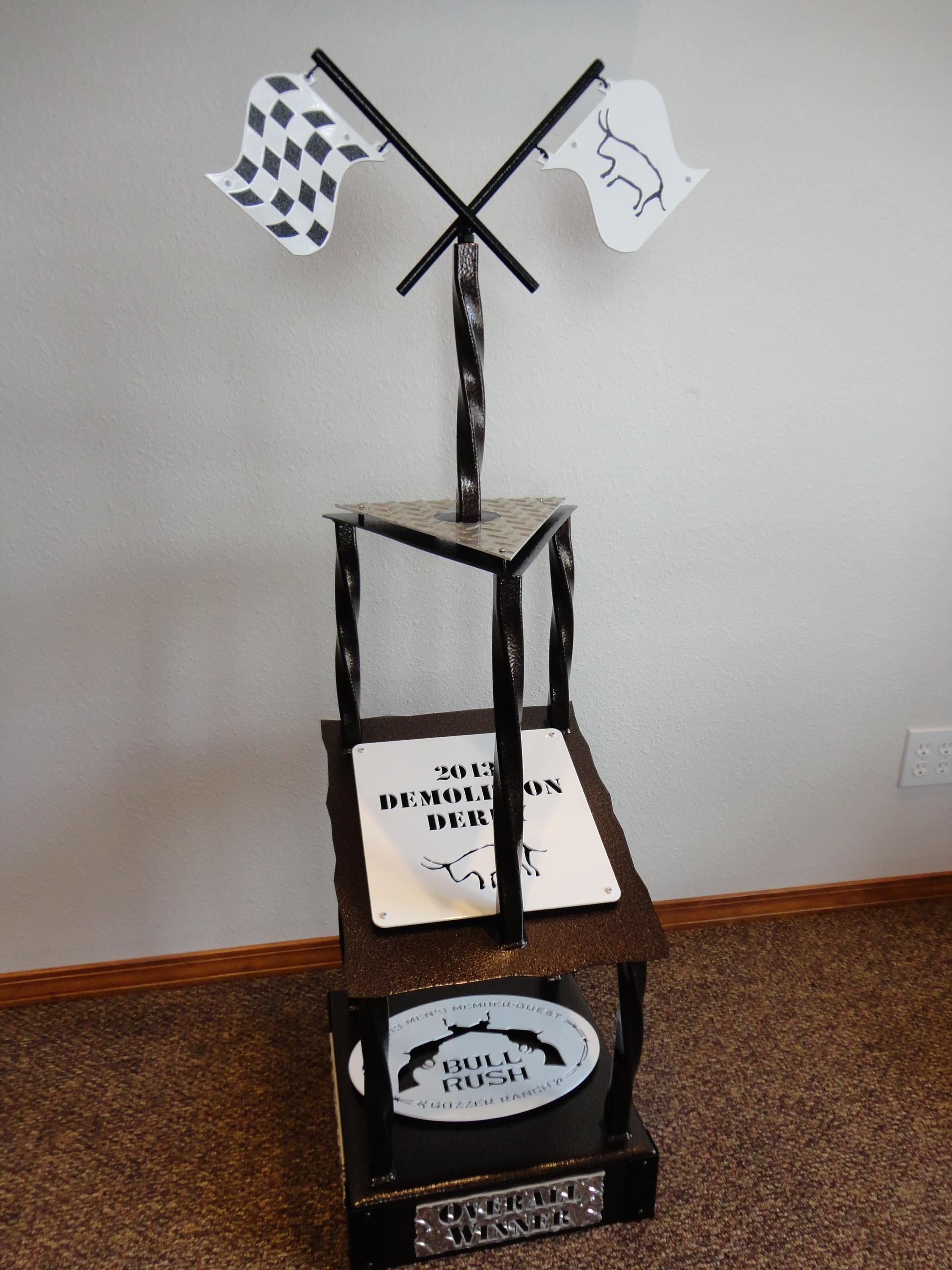 giant-demolition-derby-trophy